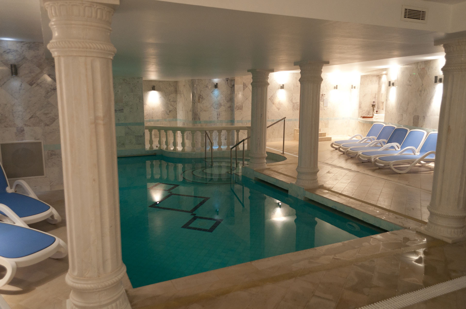 SPA Ô DE SHIVA – Jacuzzi, hammam, sauna, massages - Spa Louhans